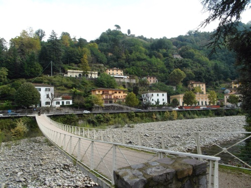 The walking bridge from Villa Fiori back across to our apartment building